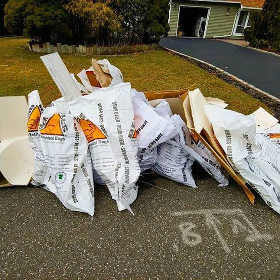 If you are searching for a reliable bag to remove your scrap, haul junk debris, then look no further. Demo Bags® 42 Gallon Contractor Trash Bags far exceeds the customer expectations in almost every criteria. Get Your Hands on Demo Bags® today!
