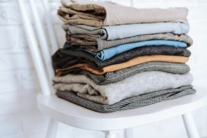 Fall Decluttering Checklist- How to Remove Junk Before Fall